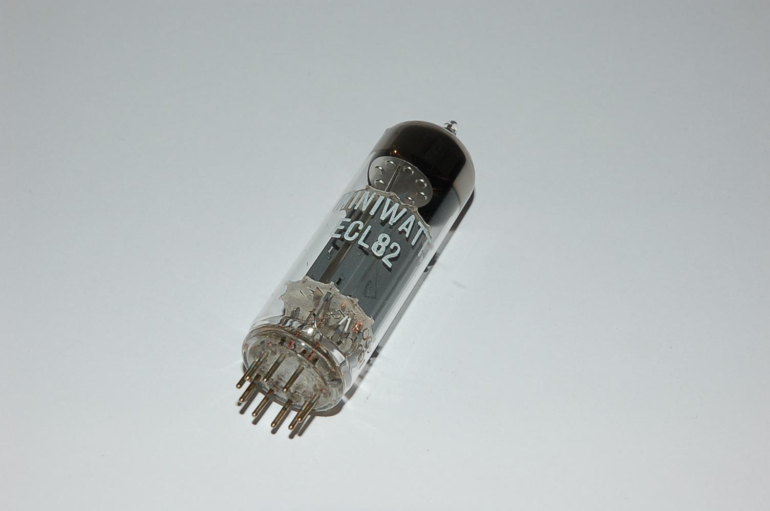 ArECL82_ECL82-Roehre-Tube-Miniwatt_DSC_0172
