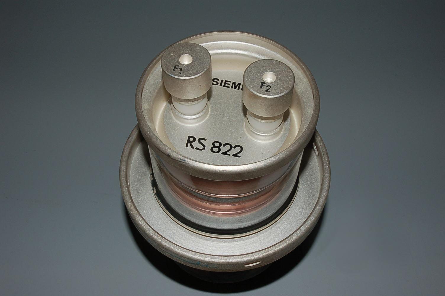 rs822